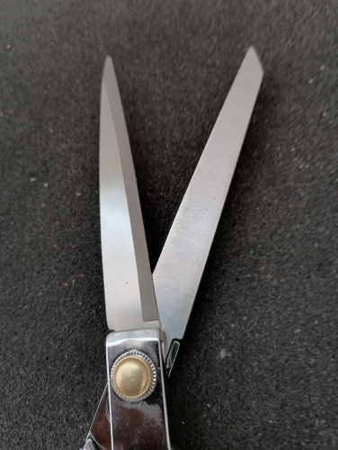 Stainless steel leather shear